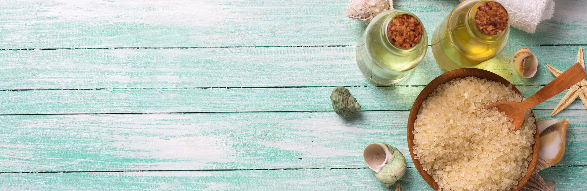 Identificação de 45 plantas aromáticas e medicinais usadas na indústria cosmética e farmacêutica